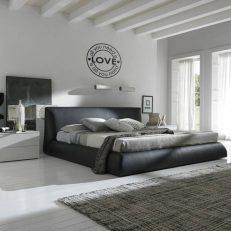 Muursticker slaapkamer all you need is love is all you need k028 1