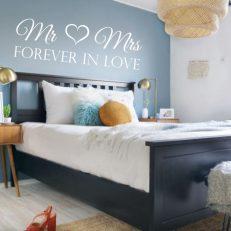 Muursticker slaapkamer mr en mrs forever in love k351