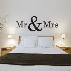 Muursticker. Tekst: Mr & Mrs QS063. Mijnheer en mevrouw