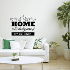 "Muursticker met de tekst ""Home is the starting place of love and dreams"""