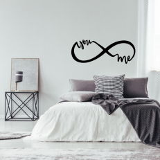 Muursticker. Infinity. Tekst: You en Me. In diverse kleuren en afmetingen