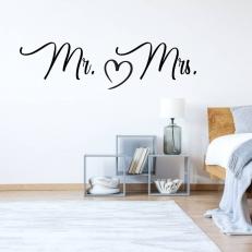 Muursticker. Tekst: Mr. (Hart) Mrs. In diverse kleuren en afmetingen