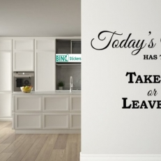 Muursticker keuken todays menu has two choices take it or leave it QS321