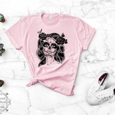 Digitaal Design Skull Schedel Vrouw Met Bloemen en Vlinder
